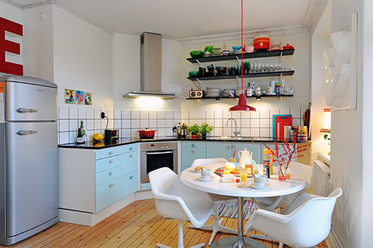 Three rooms apartment diverse with homey interior kitchen